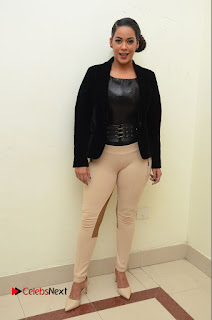 Actress Mumaith Khan Latest Pictures at Thikka Audio Launch 0050