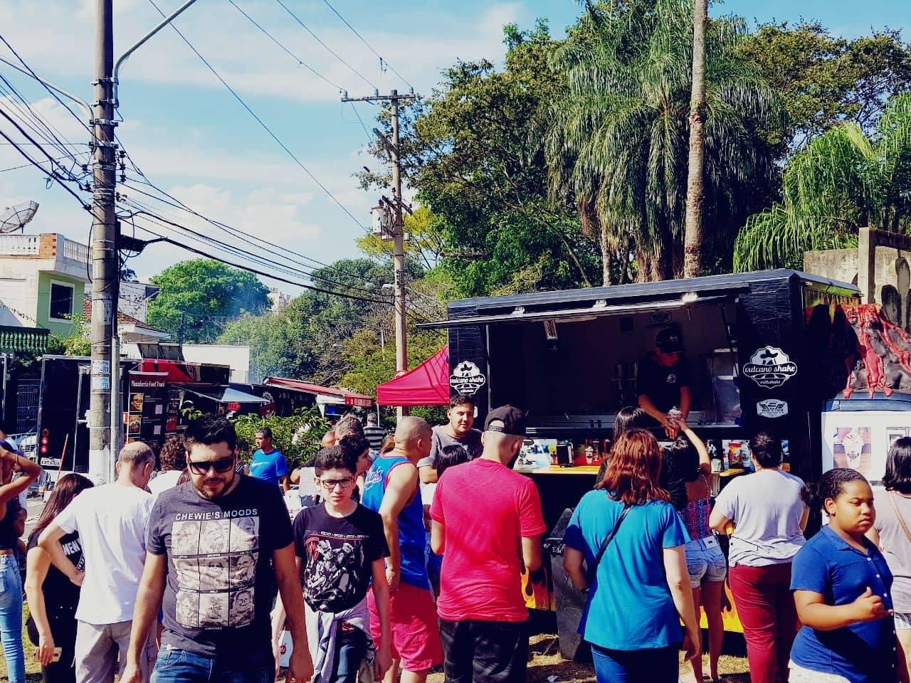 Comida, bebida e interação popular, é o que se espera de um bom festival Food Truck. Foto: AtitudeG3