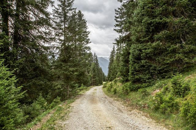 Wandern in Serfaus-Fiss-Ladis  Fisser Kraft- und Sinnesweg  Wanderung Tirol  Wandern-in-Oesterreich 10