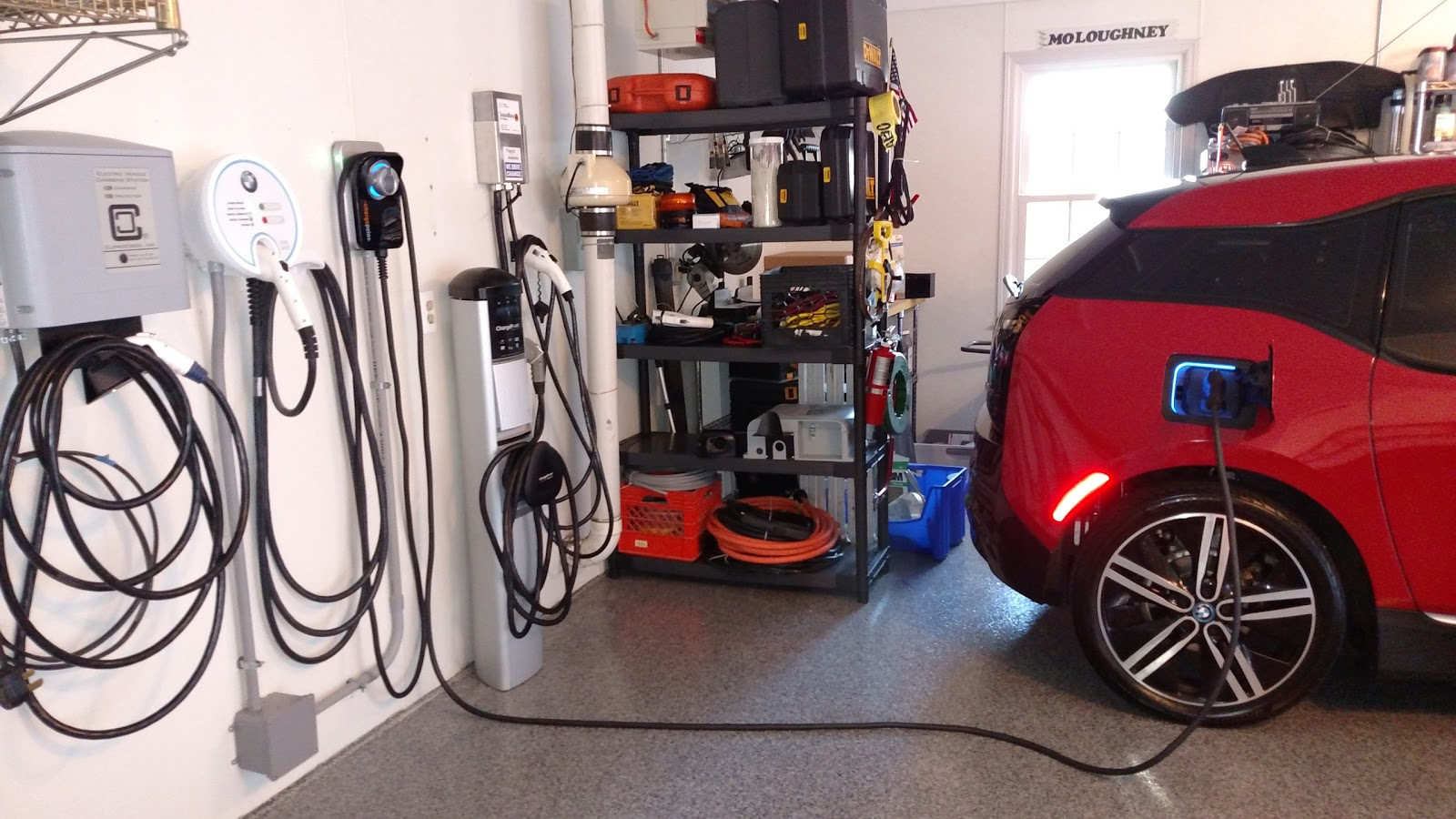 the electric bmw i3 chargepoint home connected ev charging with style. Black Bedroom Furniture Sets. Home Design Ideas