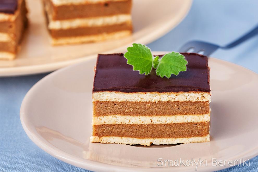 ciasto przekładane z kaszą manną