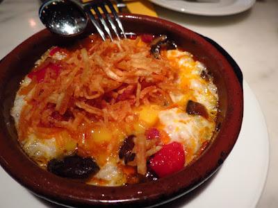 La Tapería, fried eggs chorizo peppers