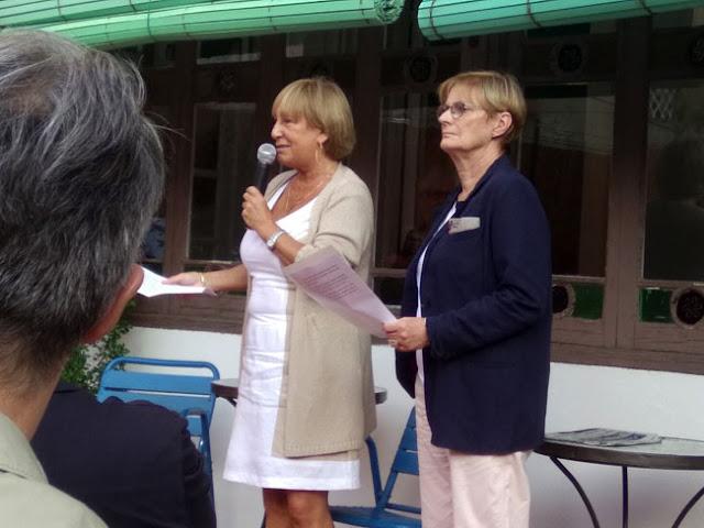 Esguard de Dona - Maria Pujol, presidenta de l'Associació d'Amics UNESCO Barcelona i Àngels Mataró  representant de la Associació per a les Nacions Unides