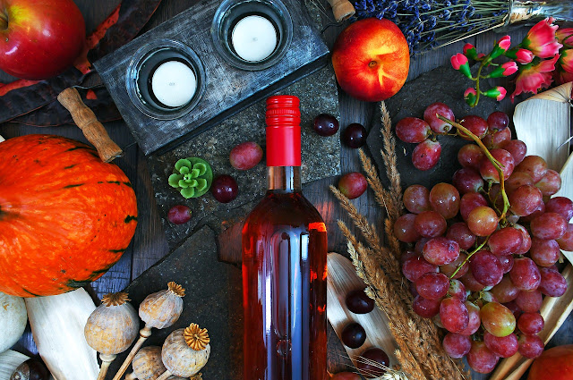 Pairing Vegan Food with the Perfect Vegan-Friendly Wines - wine bottle