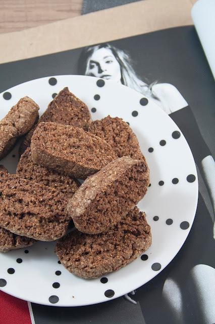 Biscotti cacao e crusca