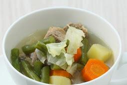 Segarnya Sop Sayur Daging Yang Bikin Sasana Jadi Hangat