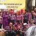 Pendukung Ahok-Djarot Selfie Dengan Latar Spanduk Muhammadiyah