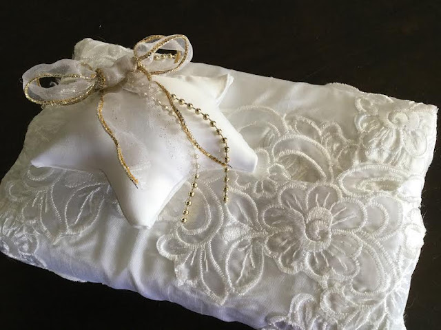 White and gold fabric gift wrap