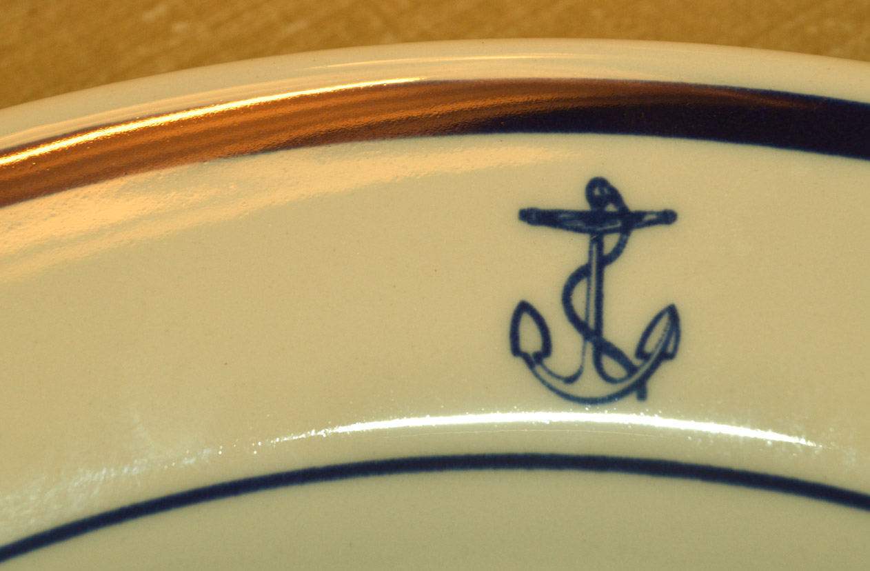 These display a  fouled anchor  on each one. & Saturdays Vintage Finds: Fouled Anchor U.S. Navy Dishes