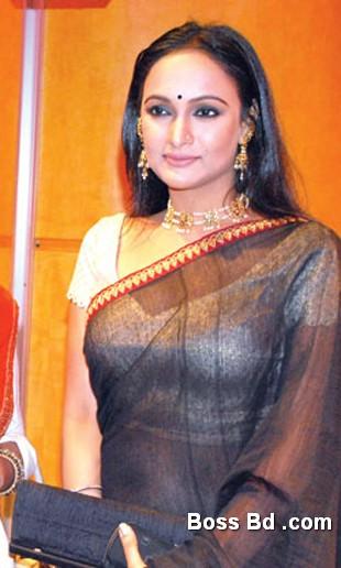 Nafisa Jahan Bangladeshi Popular Hot Model And Sexy Photos
