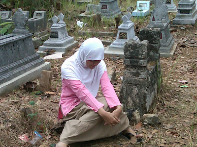 Pemakaman Mbah Parsiem 56