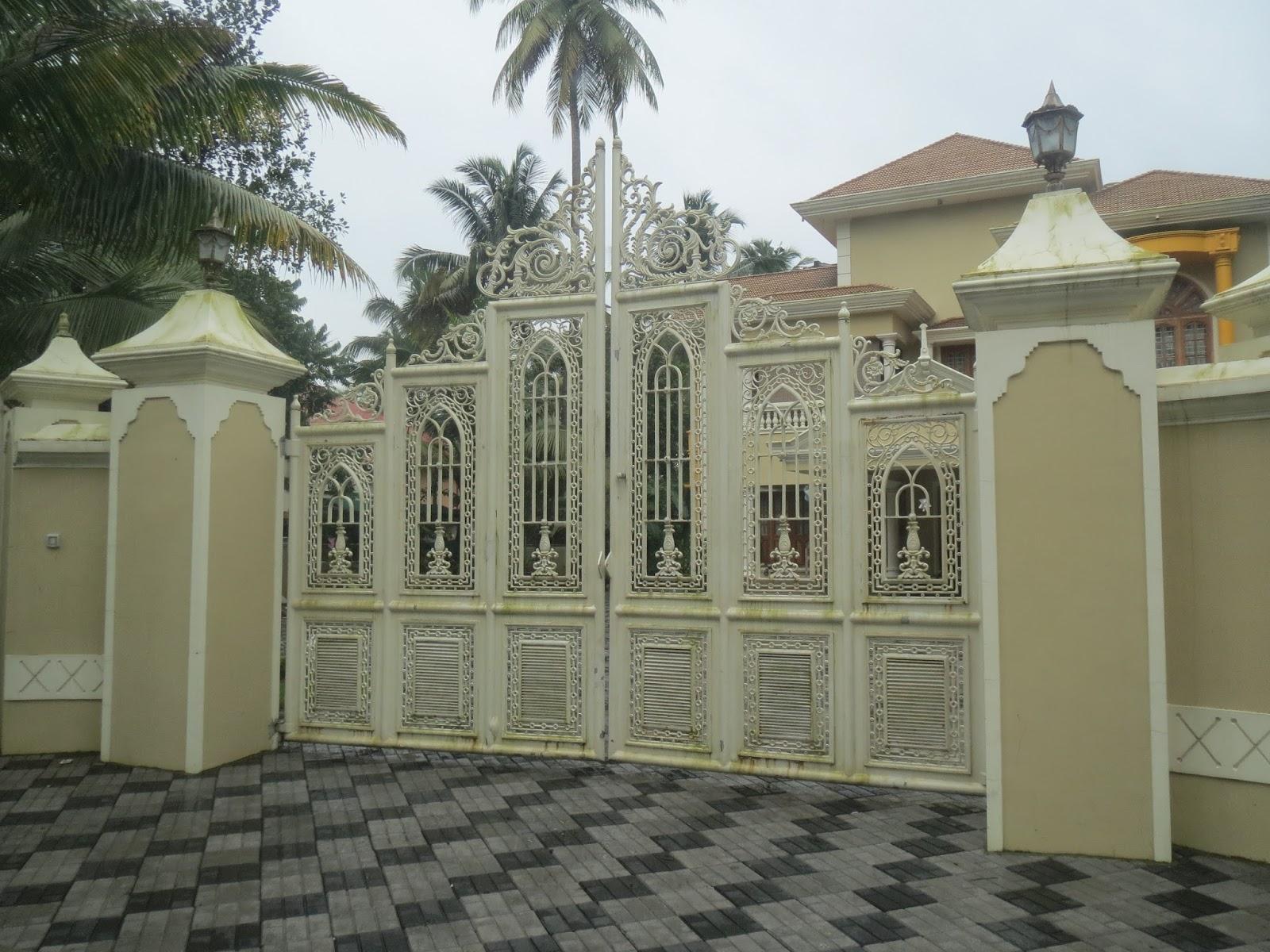60 Desain Pagar Rumah Mewah Buat Hunian Tampil Eksklusif