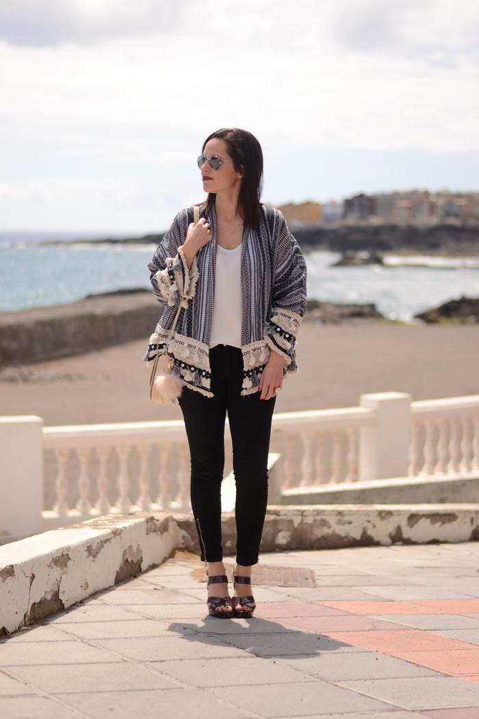 zara-kimono-navy-folk.outfit-street-style