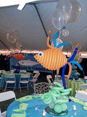 Under the Sea Party decoration with balloons