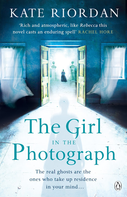 The girl in the photograph by Kate Riordan review