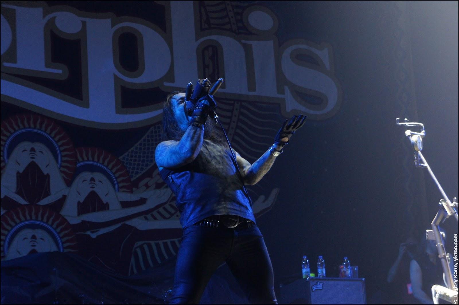 Amorphis, вокалист Tomi Joutsen.