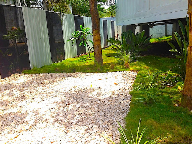 Artificial Green Roof + Deck Shipping Container Home, Costa Rica 3