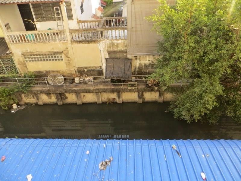 Вид окна Бангкока