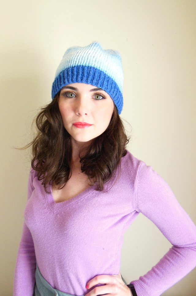 Cloudy blue slouchy beanie *Our goal is to represent all of our fabric colors as accurately as possible in our photos, please allow for slight variations due to lighting or individual screen settings Ribbed sweater knit fabric Mid-weight, soft and very stretchy Can be worn folded