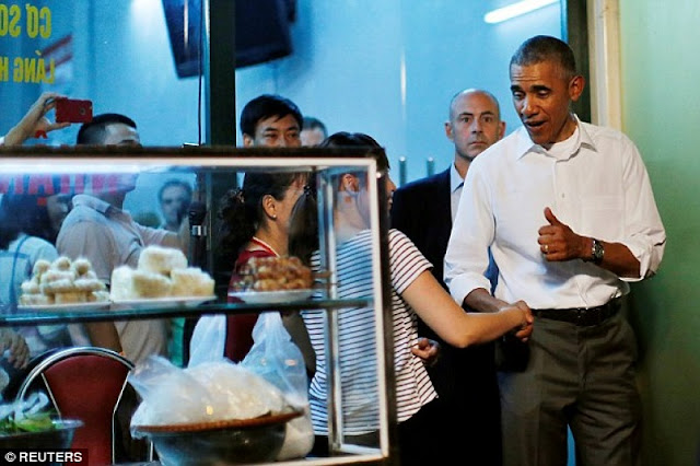 Why Obama chose Bun Cha Vietnam but not other dishes? 1