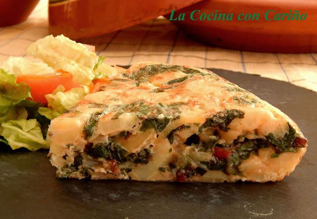 Tortilla De Patatas Y Hojas De Remolacha