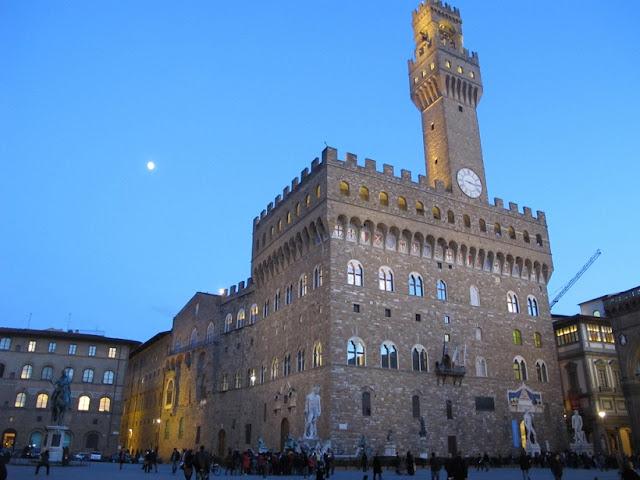 Visita guiada pelo Palácio Vecchio e Praça Senhora