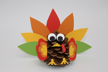 pinecone%2Bturkey2 30 Simply Magical DIY Pinecones Ideas Interior