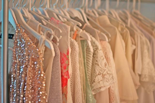 http://www.buenonetto.com.br/blog/dicas-organizar-guarda-roupas/