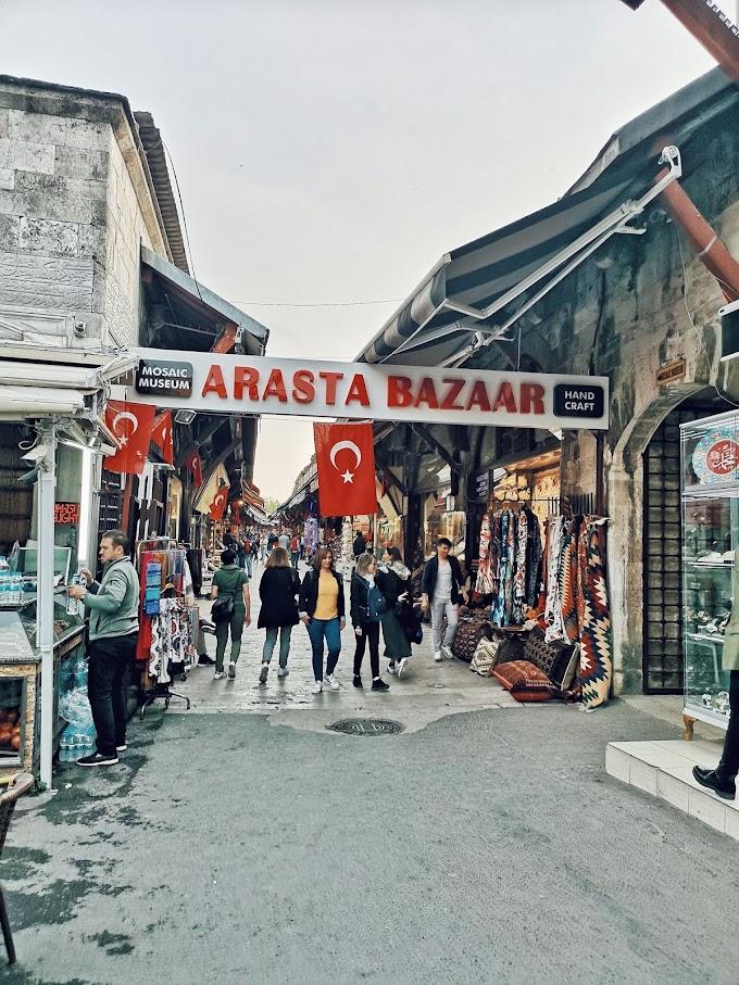 Arasta Bazaar, Spice Bazaar & Grand Bazaar. Jom shopping!