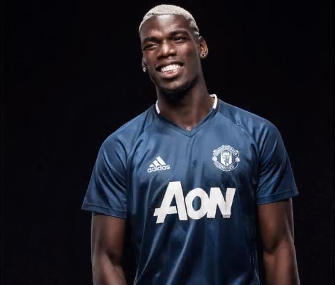 Manchester United has officially signed Paul Pogba for £89m