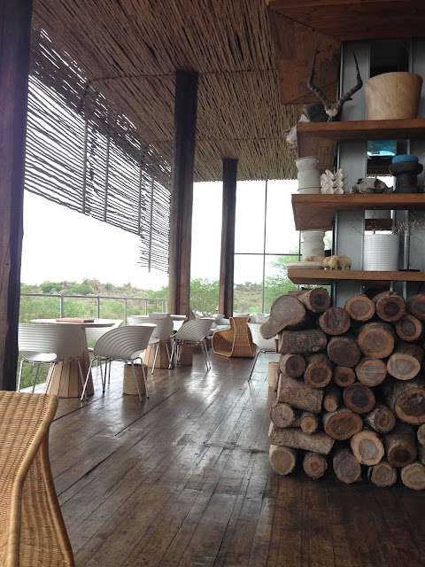 singita main lodge, sitting area, outdoor