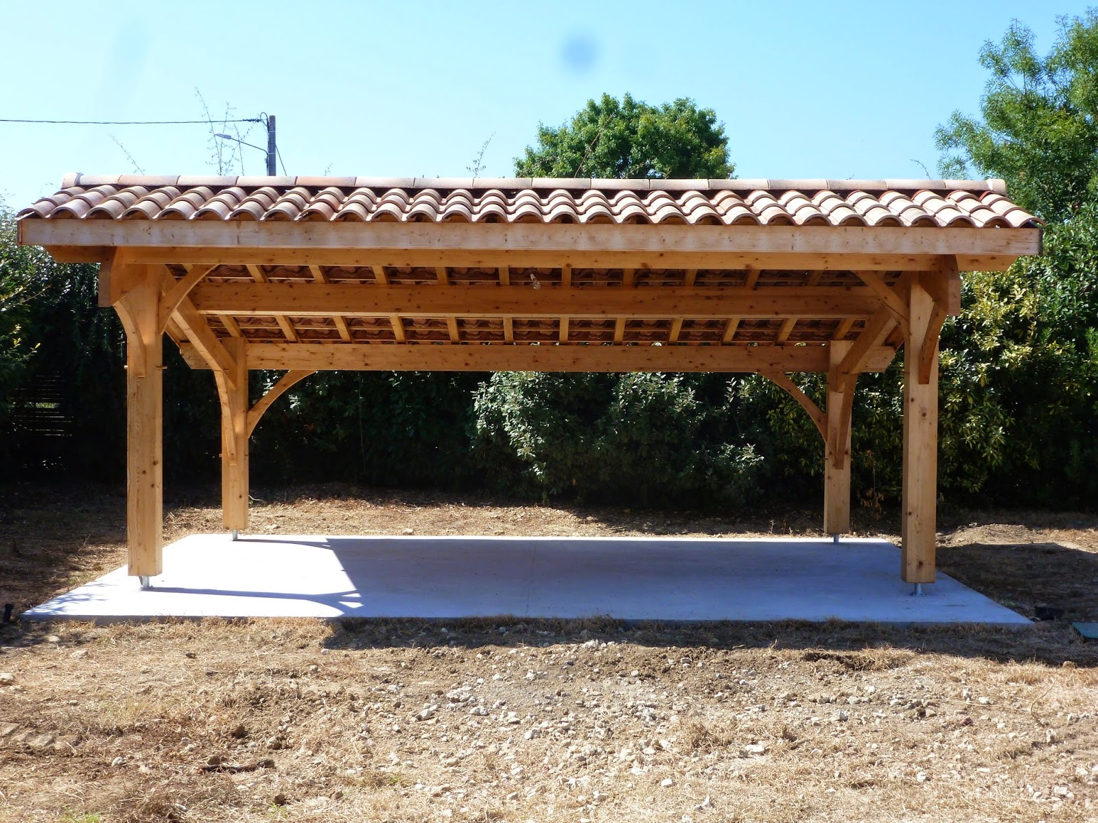 Construction d 39 un carport bois 2 voitures for Garage pret voiture