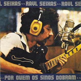 """Raul Seixas na capa do disco """"Por Quem Os Sinos Dobram"""" de 1979"""