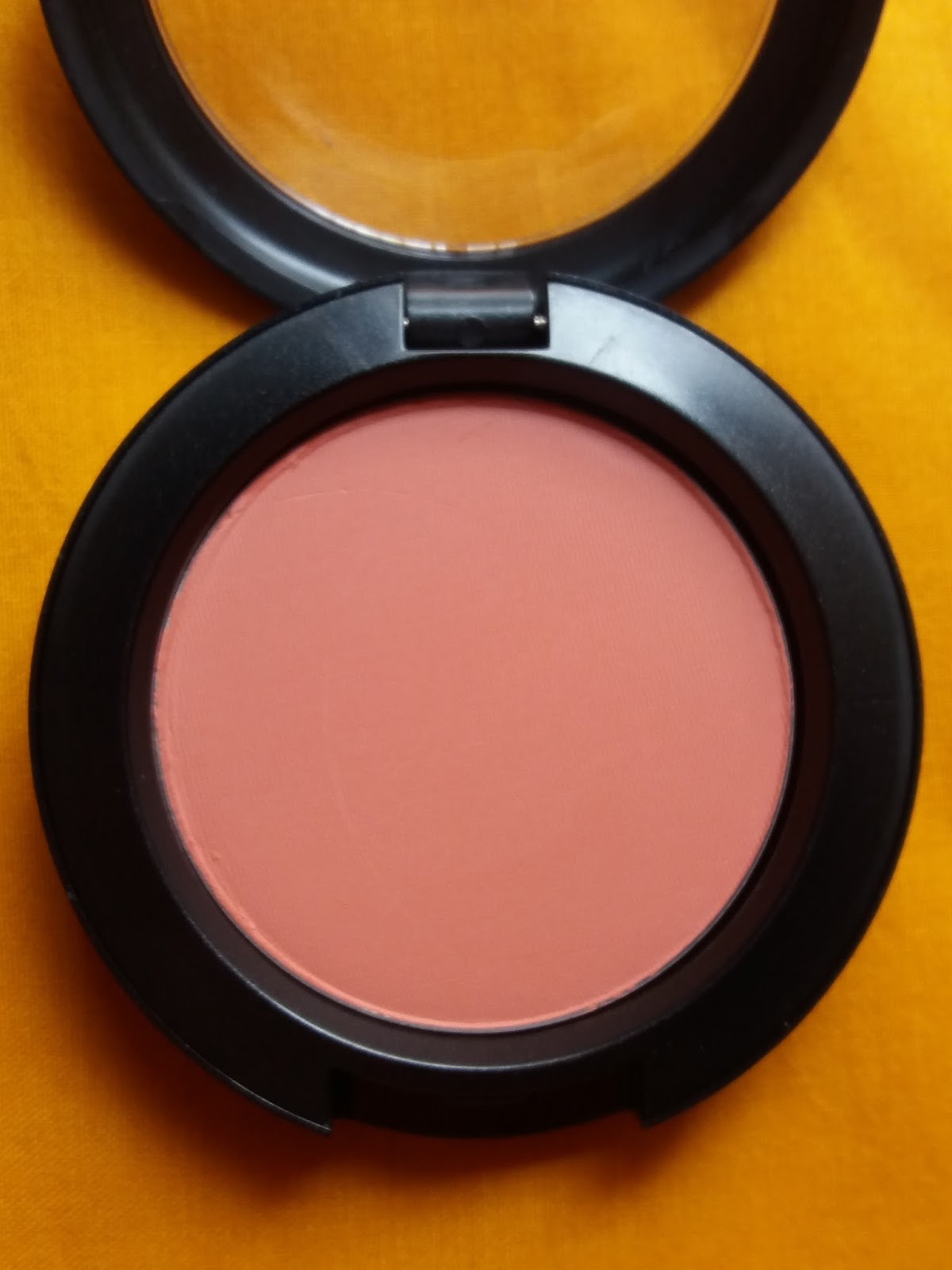 Connu MAC Peaches Sheertone Blush Review & Swatches - My Face Hunter ZV99