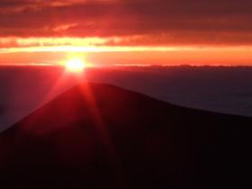 マウナケア山(素材)