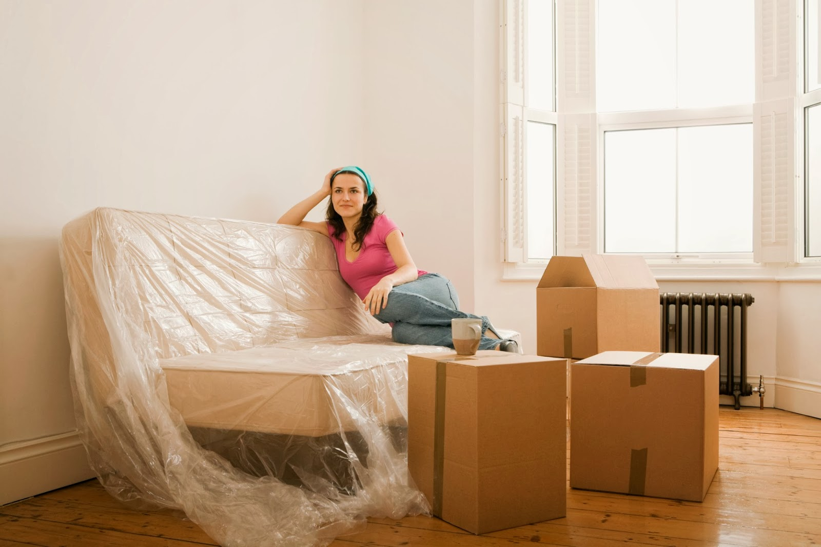 The easy ways to move furniture across country tips - Easy to move couch ...