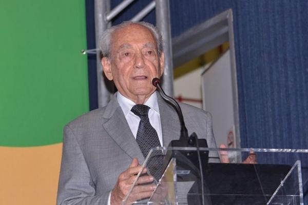 Waldir Pires, ex-governador da Bahia, morre aos 91 anos em Salvador