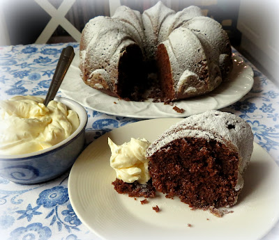 Gingerbread Cake with Lemon Cream