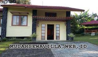 Villa Kecil Di Lembang Ada Gazebo Dan Halaman