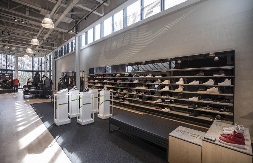 Como são as lojas da Nike em Orlando e Miami e4529fcc2f545