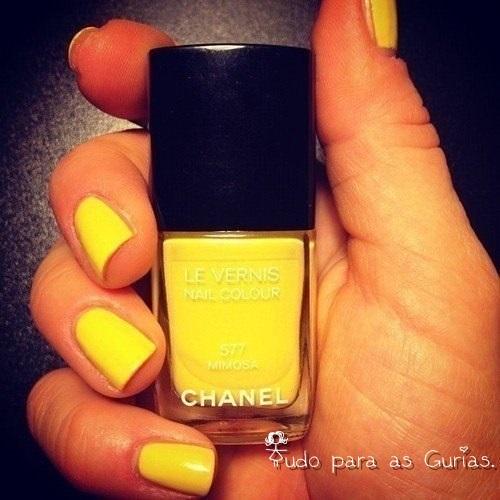 Amarelo; a cor do Verão 2014