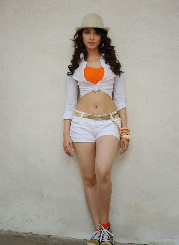 tamanna in shorts
