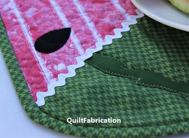 Whatamelon Table Runner by QuiltFabrication melon rind