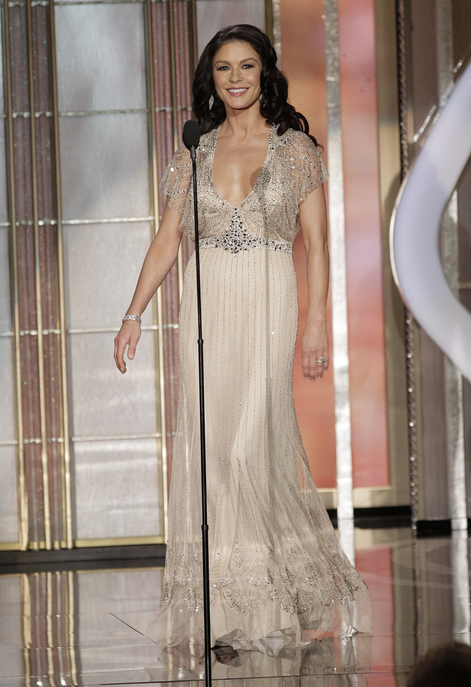 catherine zeta jones en un Jenny Packham