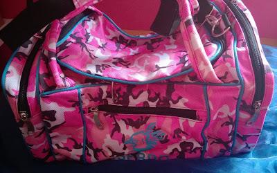 Sporttasche mit Camourflage in Pink