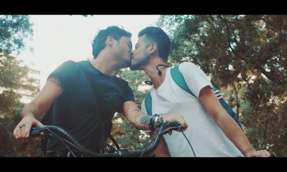 Smirnoff cria campanha em homenagem ao Dia Internacional do Orgulho LGBT
