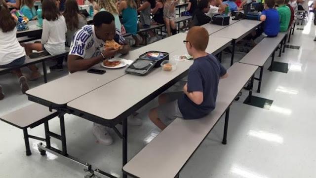 Jugador tiene otra sorpresa para el niño con el que almorzó