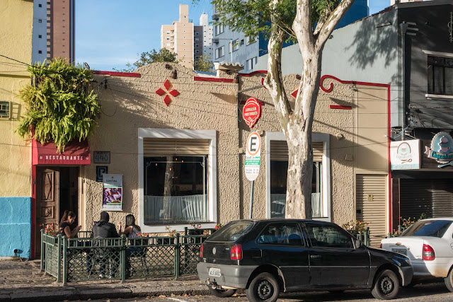 Uma casa na Rua Moysés Marcondes, 440