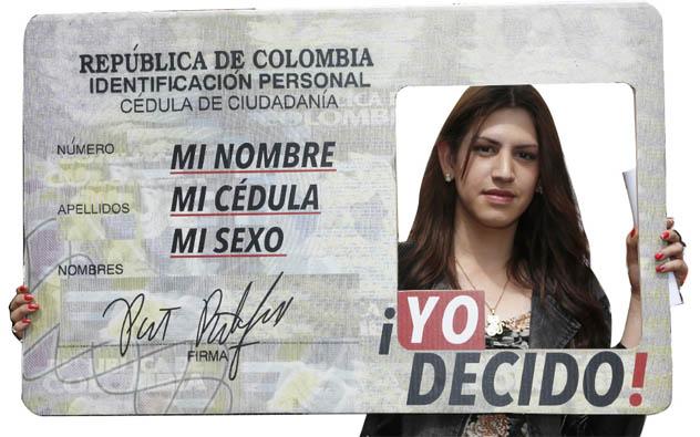 FORMATO MODELO PARA CAMBIO, CORRECCIÓN O ADICIÓN DE NOMBRE EN COLOMBIA