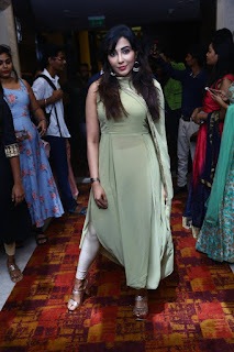 Indian Model Parvatii Nair at White Shadow Magazine launch (5)